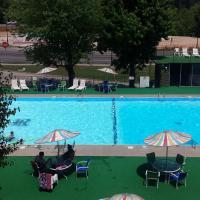 Roark Vacation Resort