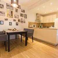 Fresh, Stylish Apartment in the center!