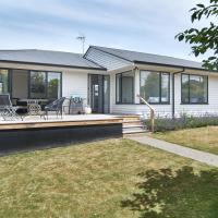 Brookside Villa - Christchurch Holiday Homes