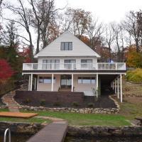 Lake House at Byram Bay