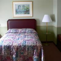 Brookside House Lodging