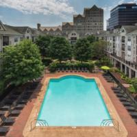 Global Luxury Suites at Broad Street