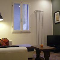 Santa Croce Apartment