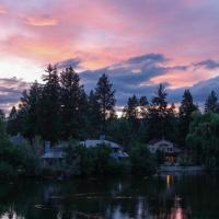 Shanti River House - Near La Pine State Park