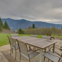 Cascade Retreat in the Gorge