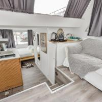 Modern Boathouse close to Amsterdam and Haarlem