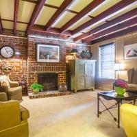 Finn's Retreat - One-Bedroom