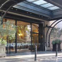 Mendoza Apartments