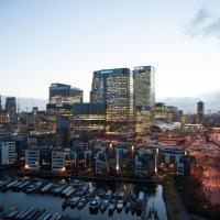 Stay Central - Streamlight Tower Canary Wharf