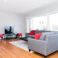Large Remodeled Flat with Parking