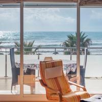 Beachfront Apartment R66