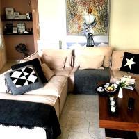 Sunny & Cozy Seaside Apartment