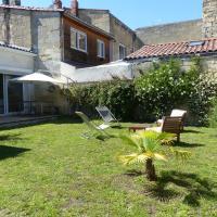 BDW Belle Echoppe climatisee & Jardin - Rue Saint Jean