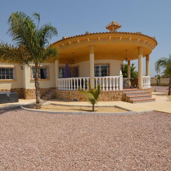 Villa Catral