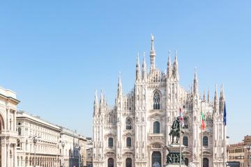 Milan: Car rentals in 45 pickup locations