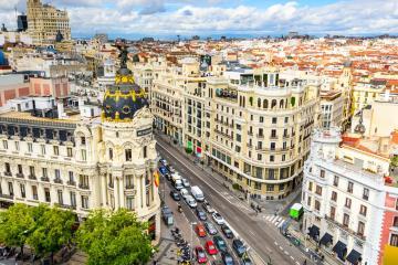Madrid: Alquiler de coches en 40 lugares de recogida