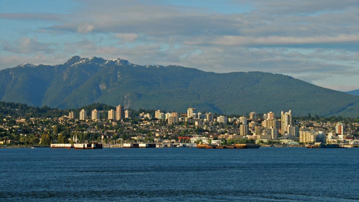 Encuentra el mejor lugar para moverse en transporte público en North Vancouver