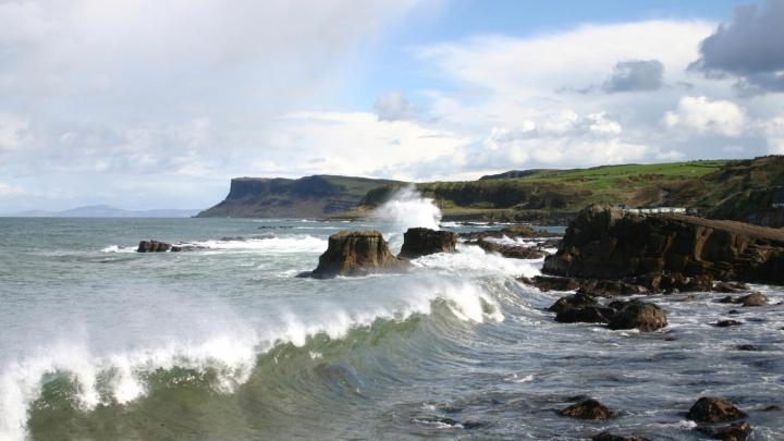 Encuentra el mejor lugar para la costa en Ballycastle