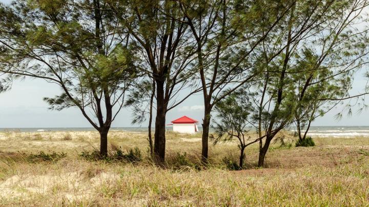 Encuentra el mejor lugar para pasear por la costa en Arroio do Sal