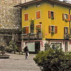 Tarcento 9 hotels