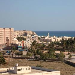 Ţāqah 2 Hotels