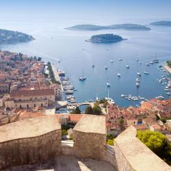 Hvar 265 pet-friendly hotels