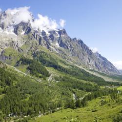 Aosta 470 hotels