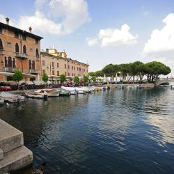 Desenzano del Garda 233 pet-friendly hotels