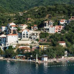 Донья-Ластва 7 отелей
