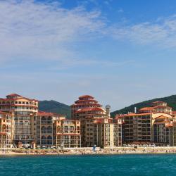 Elenite 98 hotelů