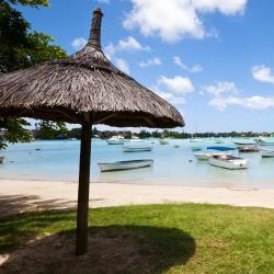 Grand Bay 121 hotels met zwembad