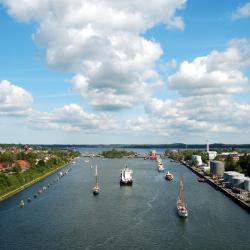Kiel 114 hoteluri