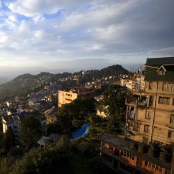 Darjeeling 325 hotels