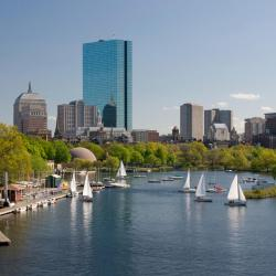 Boston 698 hotels