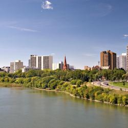 Saskatoon 77 hotelov