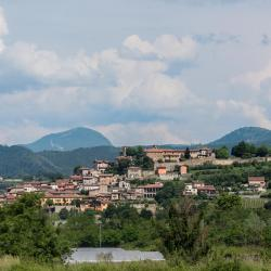 Capriolo 3 hotels