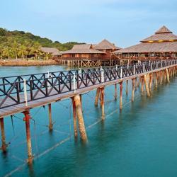 Teluk Bakau 9 hotels