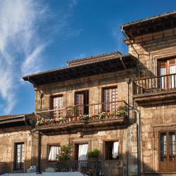 Lugones 3 hotels