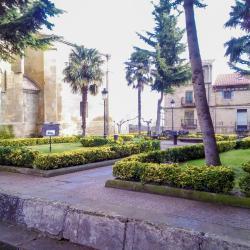 La puebla de Labarca  5 hotels