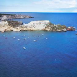 Isole Tremiti: i 6 migliori hotel. Isole Tremiti, Italia: dove ...