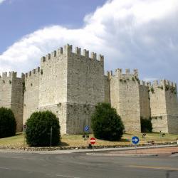 Prato 104 hotels