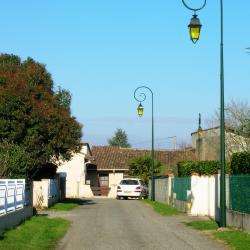 Saint-Quentin-sur-le-Homme 5 hoteluri