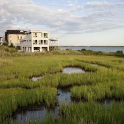 Hampton Bays 12 hotels