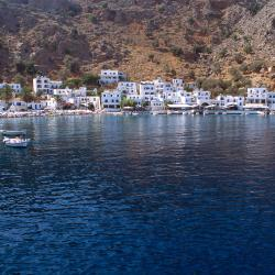 Loutro 19 hotels