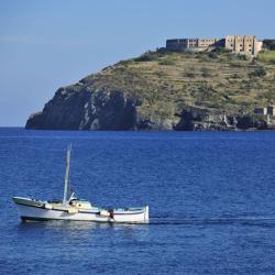 Ventotene 5 holiday homes