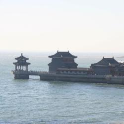 Shanhaiguan 2 hotels