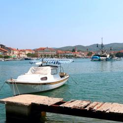 Vela Luka 129 vacation homes