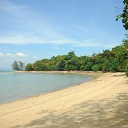 Hua Thanon Beach 7 hotels