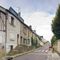 Villeneuve d'Ascq 25 hotellia