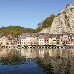 Dinant 43 hotels
